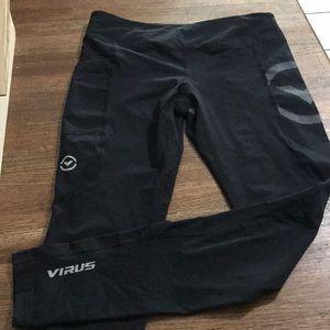 Virus leggings